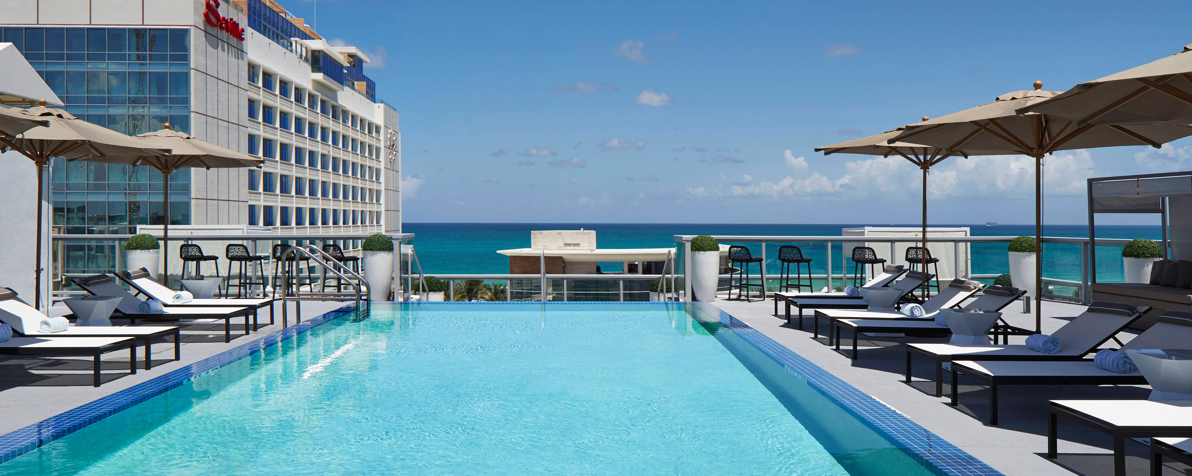 Modern Rooftop Pool Miami Beach Hotel