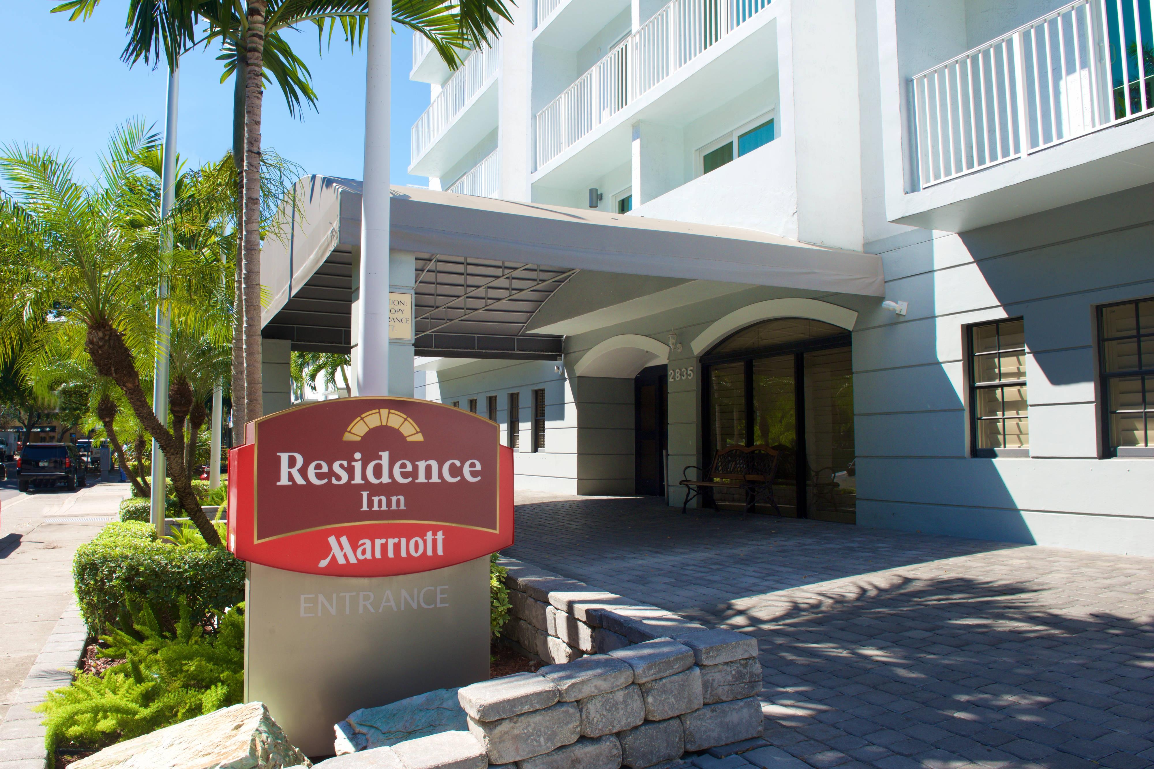 Miami Coconut Grove hotel entrance