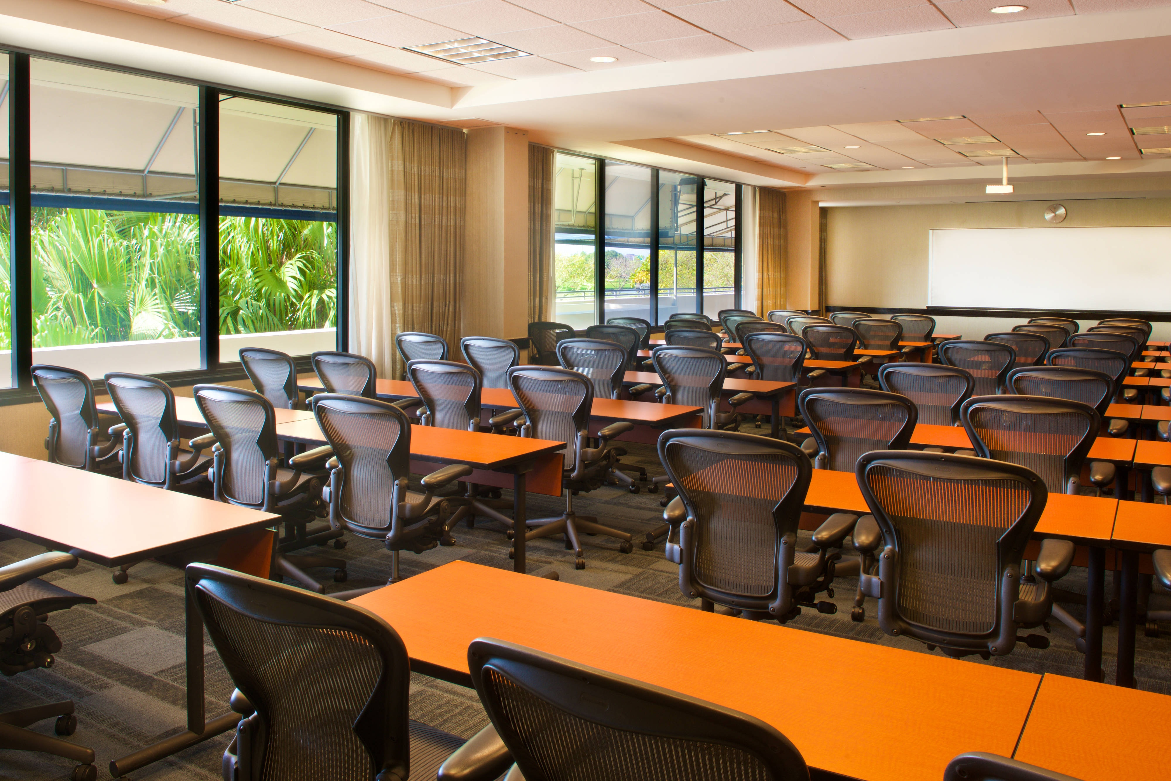 California Clipper Meeting Space Classroom Set up