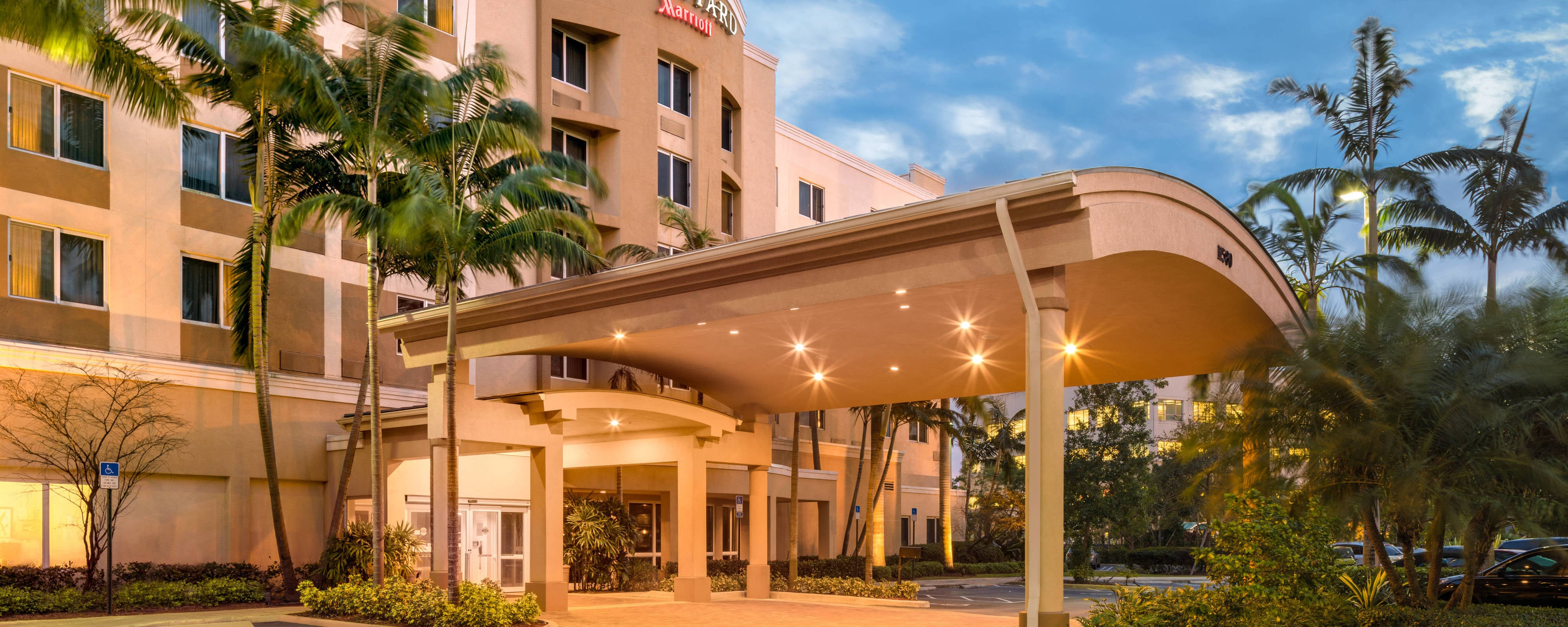 West Miami Hotels in Doral, Florida | Courtyard Miami West/FL Turnpike