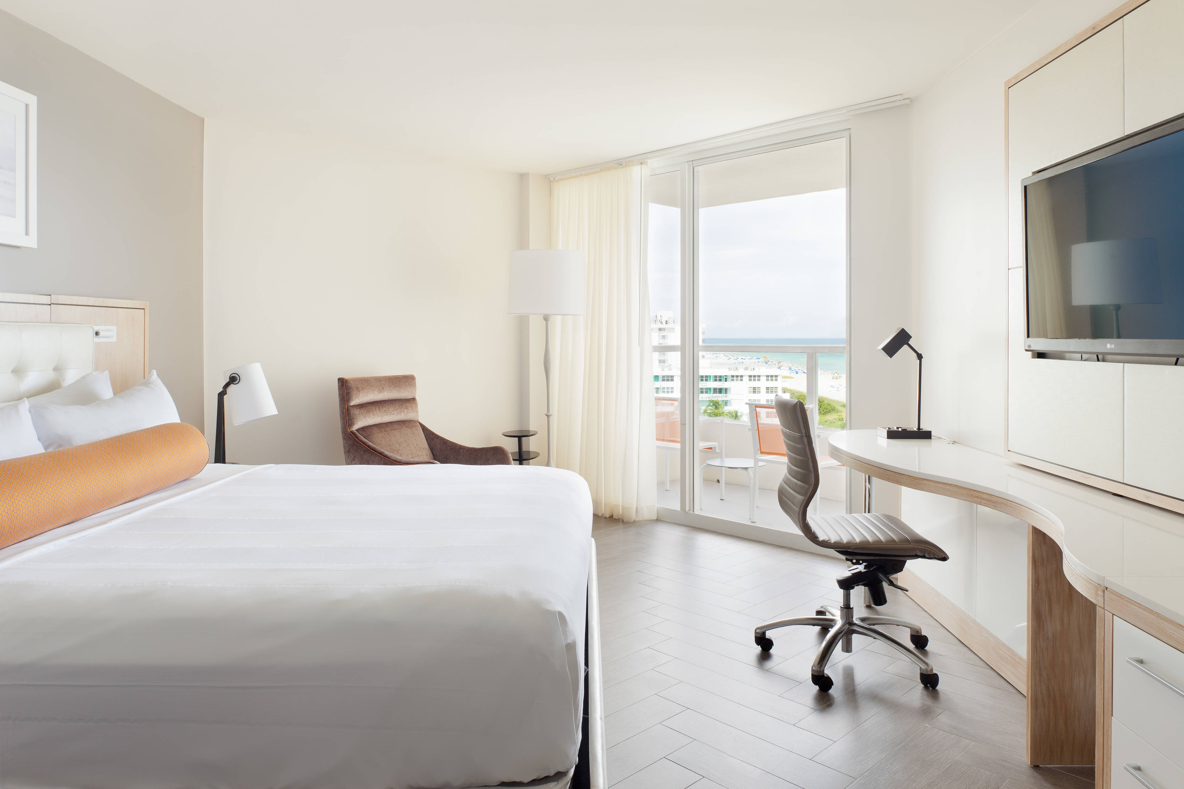 Rooms: Oceanfront Resort Hotel In South Beach, Miami