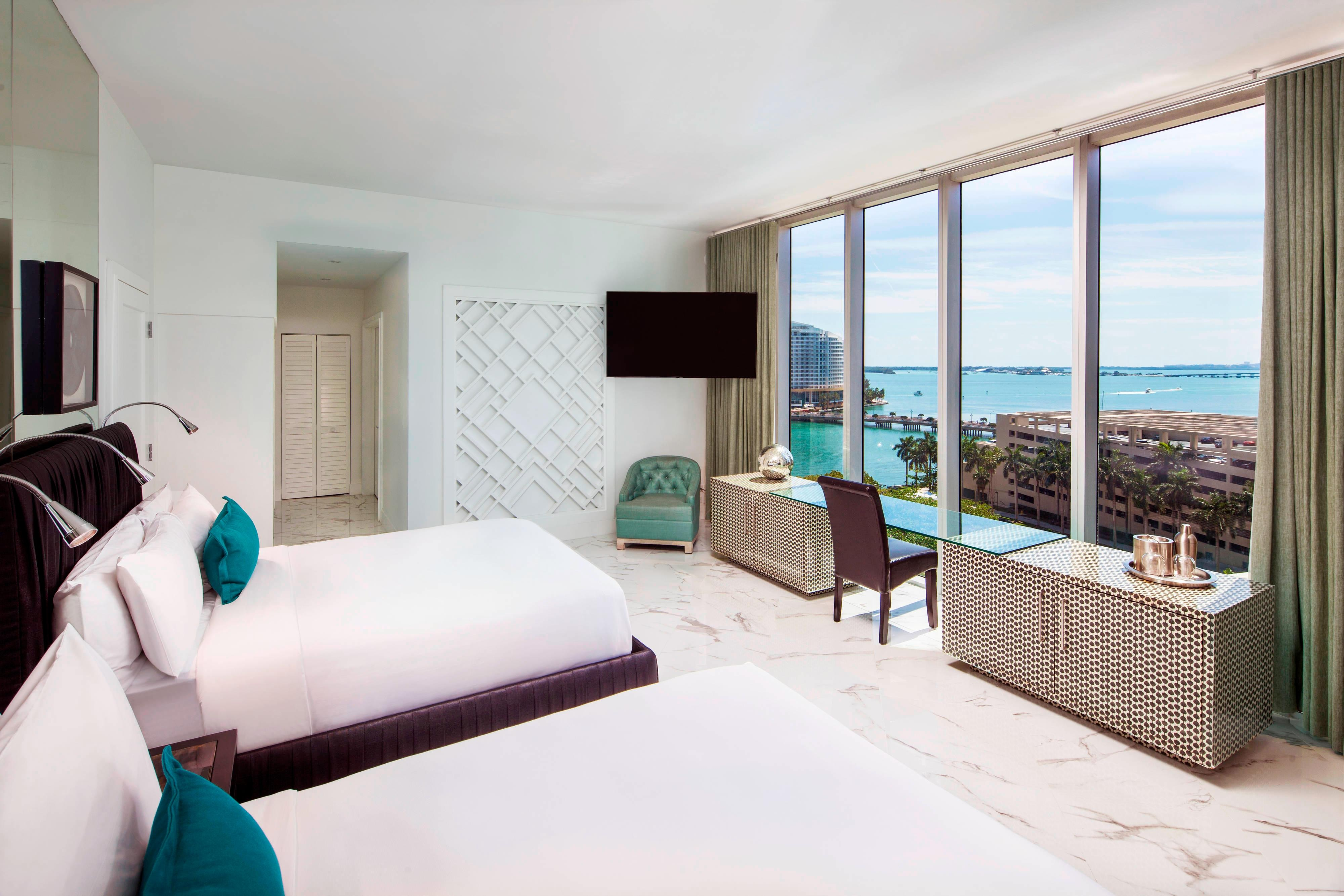 Wow Suite - Double/Double Guest Bedroom
