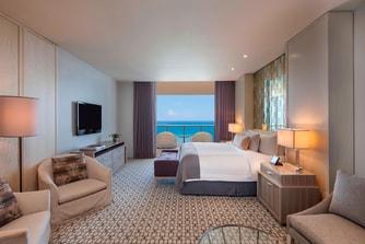 Royal Oceanfront Suite - Master Bedroom