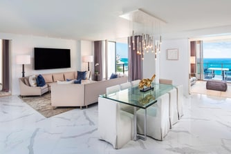Sky Palace Suite - Living Room