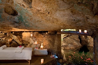 Spa at the Cave