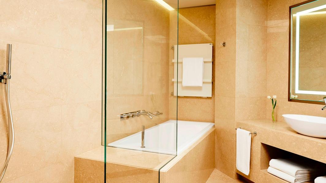 Ванная комната в люксе Prestige