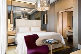 Signature Suite - Bedroom