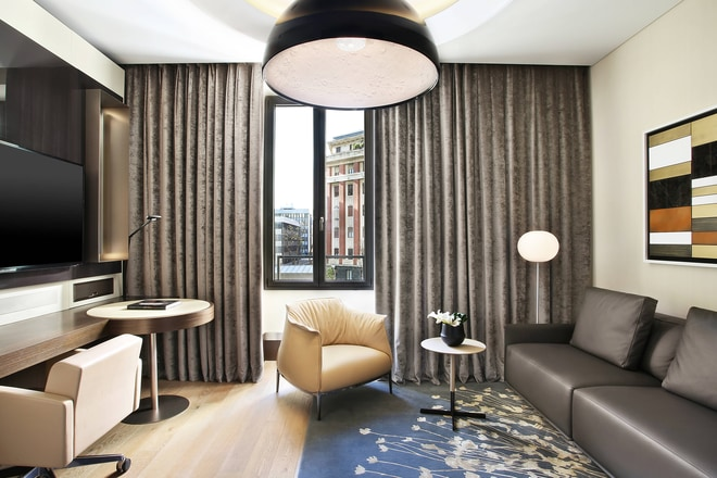 Atelier Suite - Living Room
