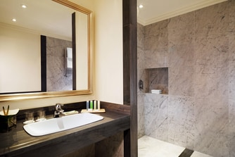 Suite Deluxe - Bathroom