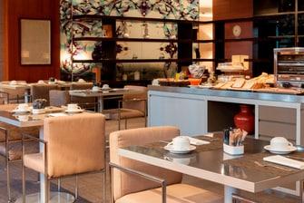 Hotel con desayuno tipo bufet