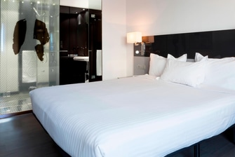 Hotel con habitación de lujo