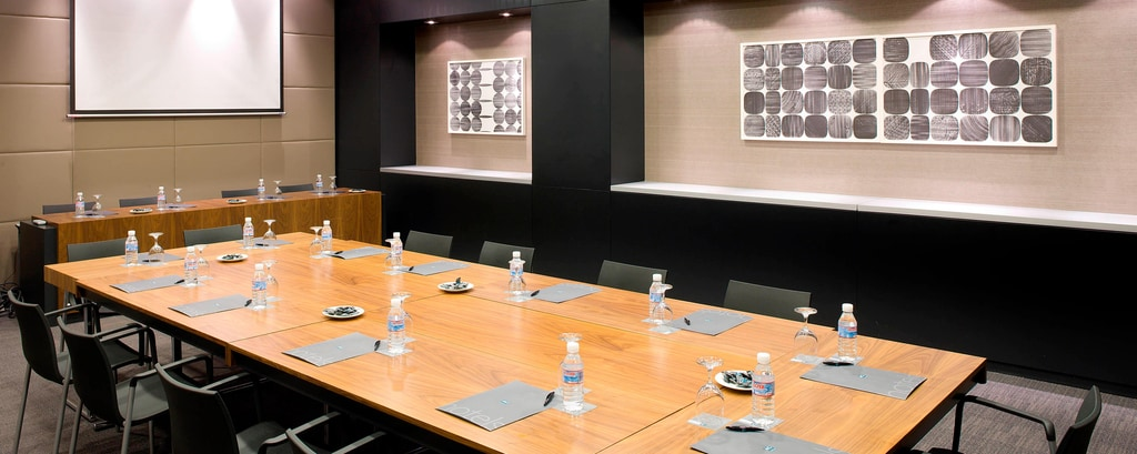 Forum B meeting rooms