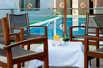 Piscina de hotel en Murcia