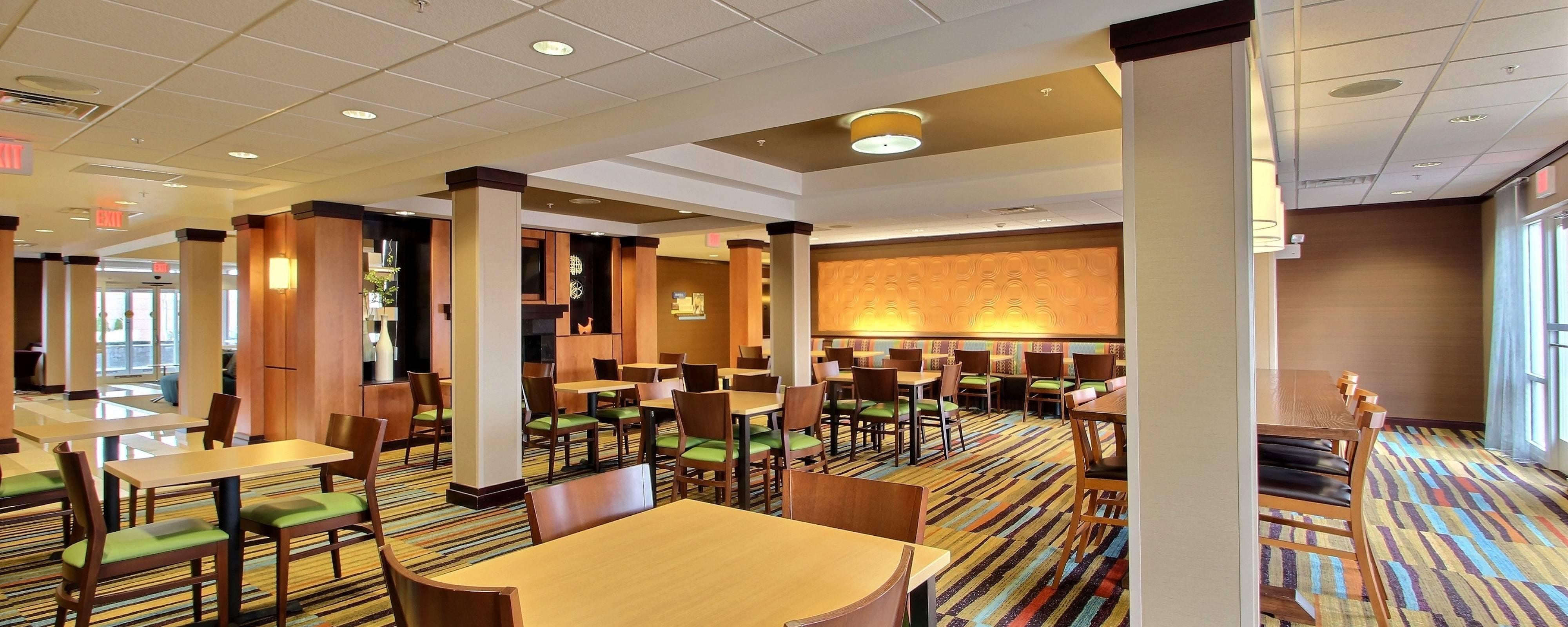 Oak Creek Hotels with Free Breakfast | Fairfield Inn & Suites ...