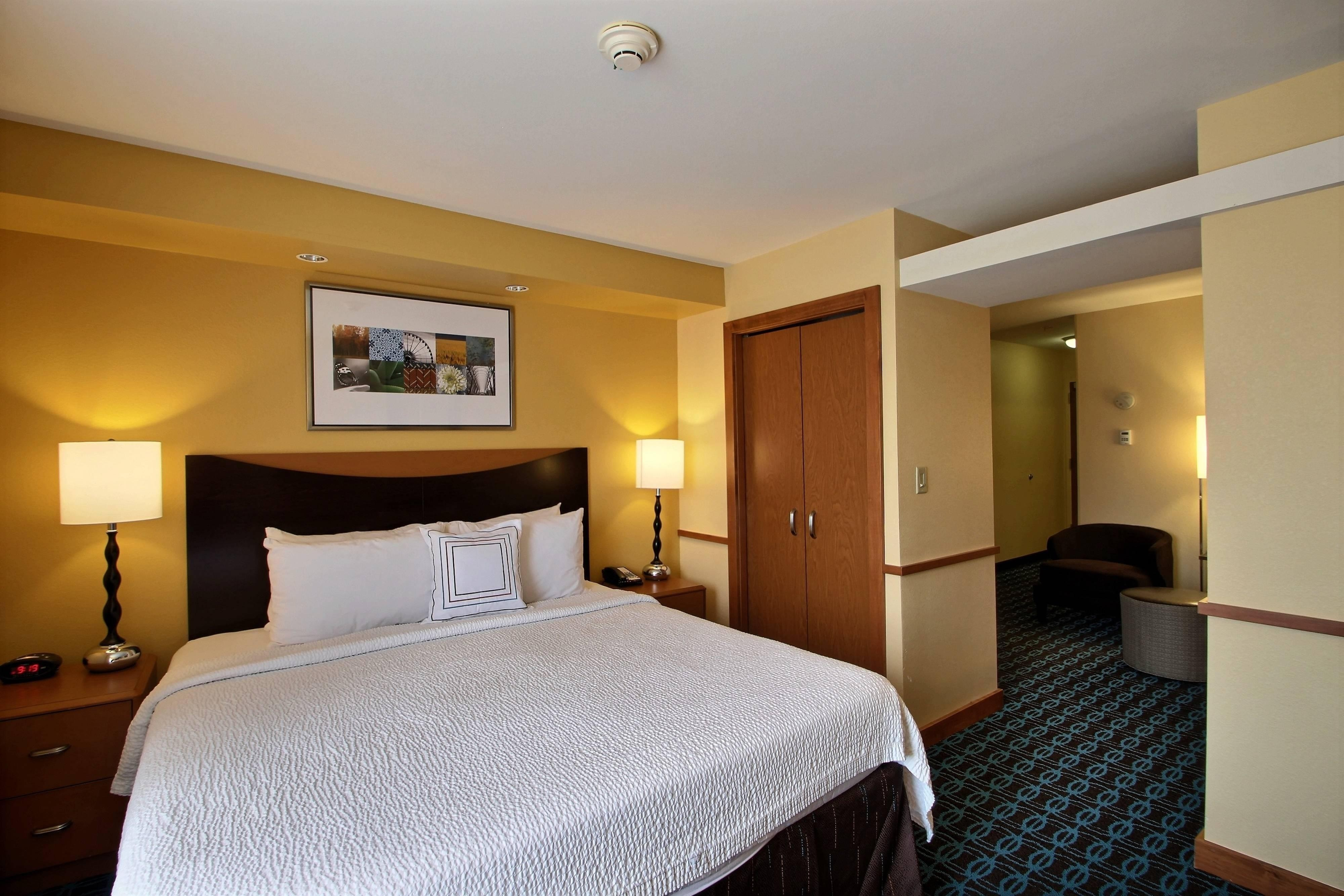 Hotels With Whirlpool In Room Milwaukee Wi