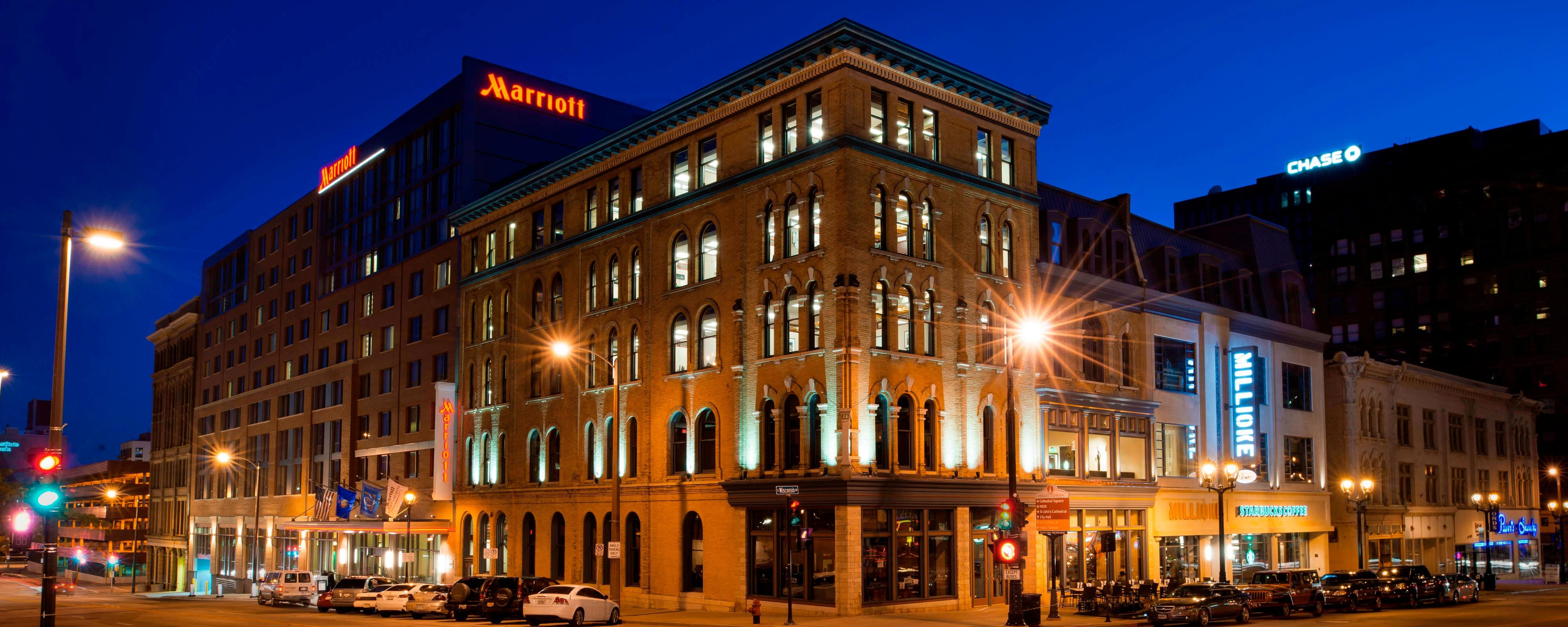 Hotels In Downtown Milwaukee, Wisconsin Hotels