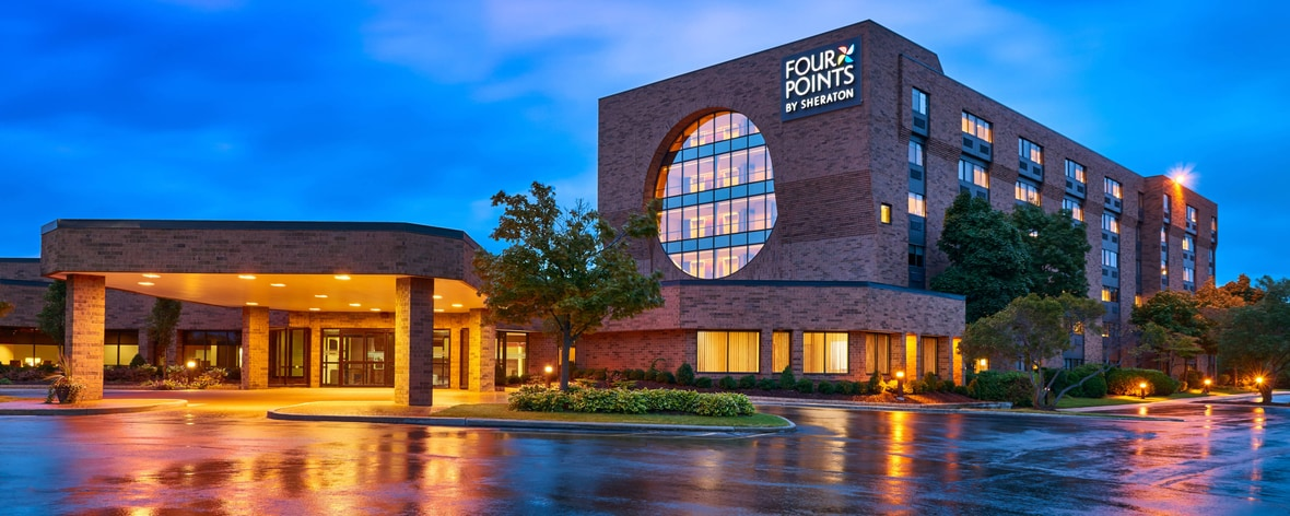Milwaukee, Wisconsin Hotels | Four Points by Sheraton