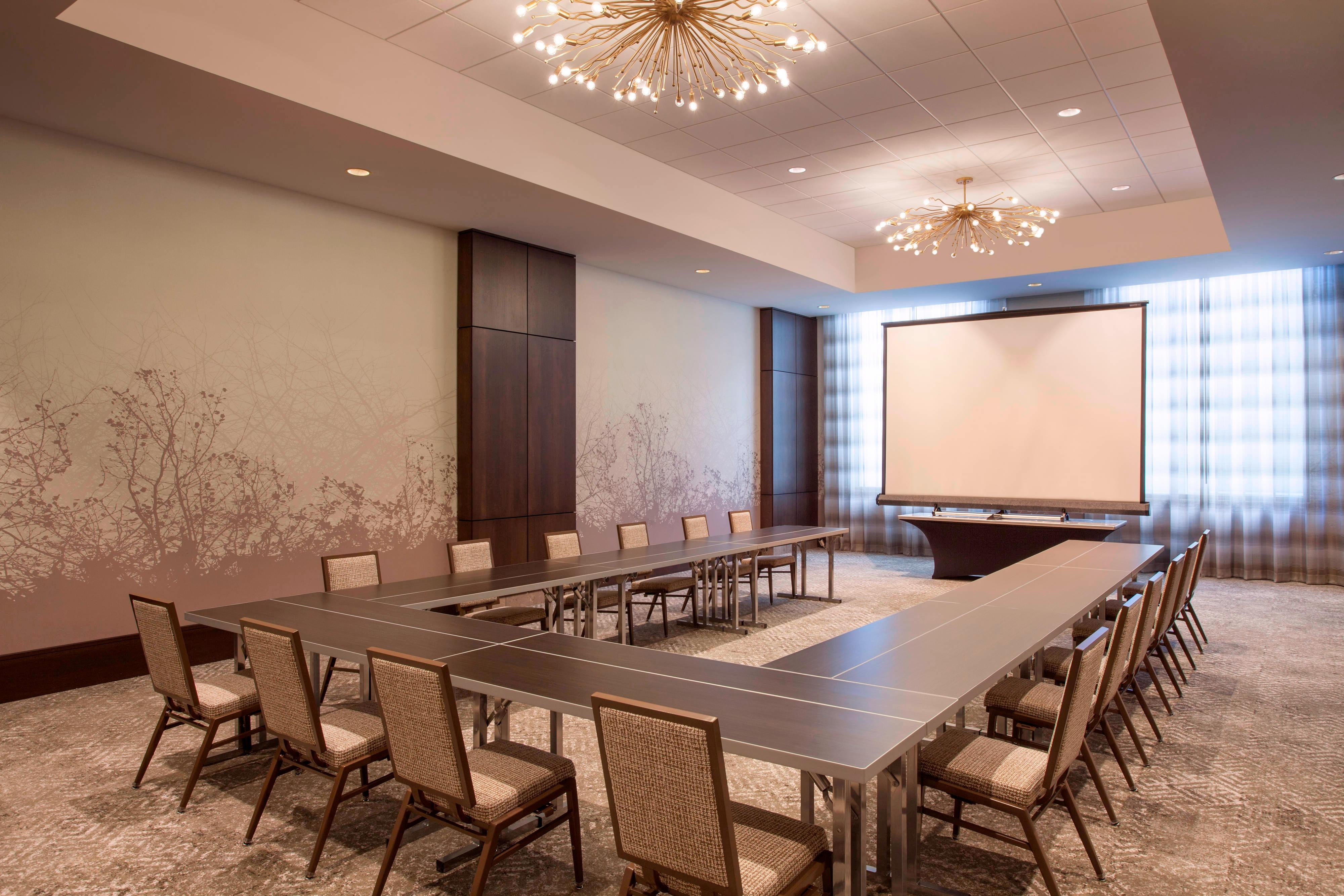 Huron and Superior Meeting Rooms