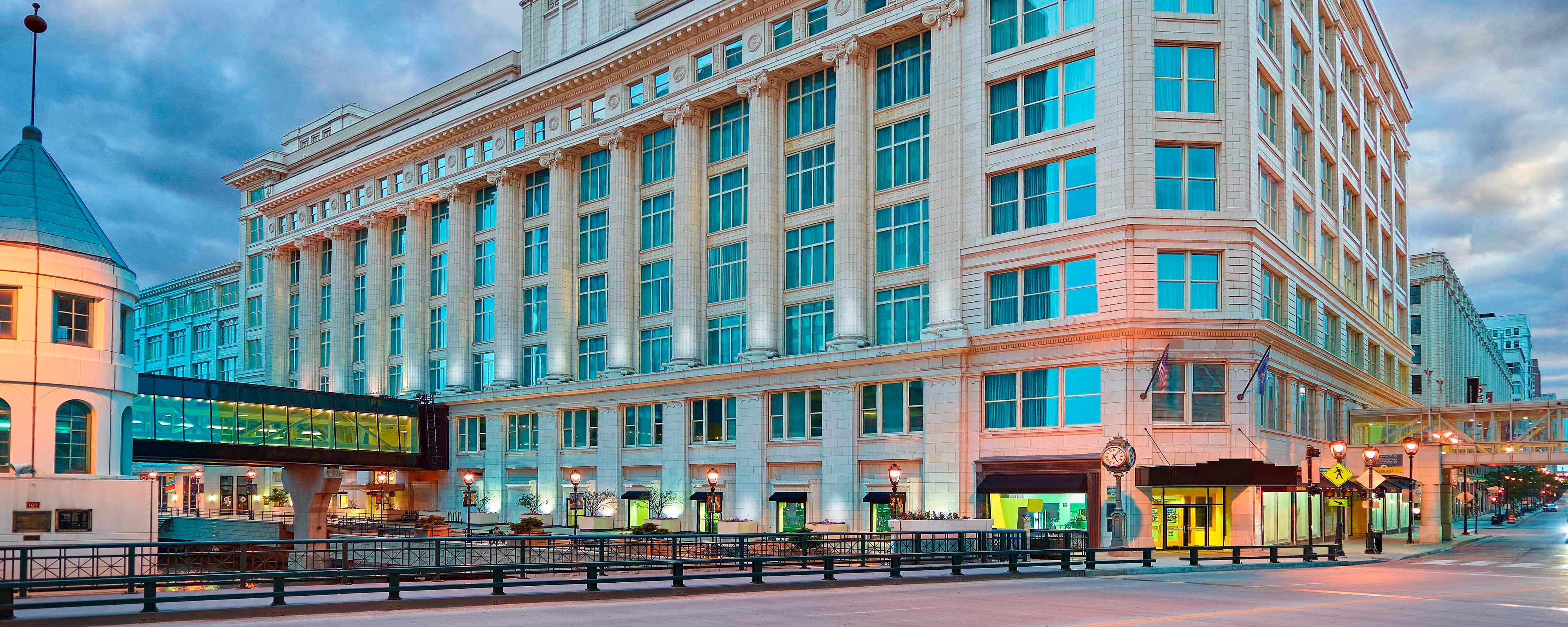 Hotels in Downtown Milwaukee - Residence Inn Milwaukee