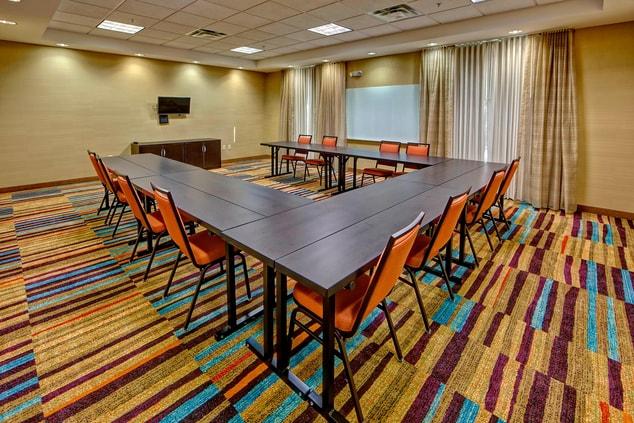 Jackson TN Meeting Room