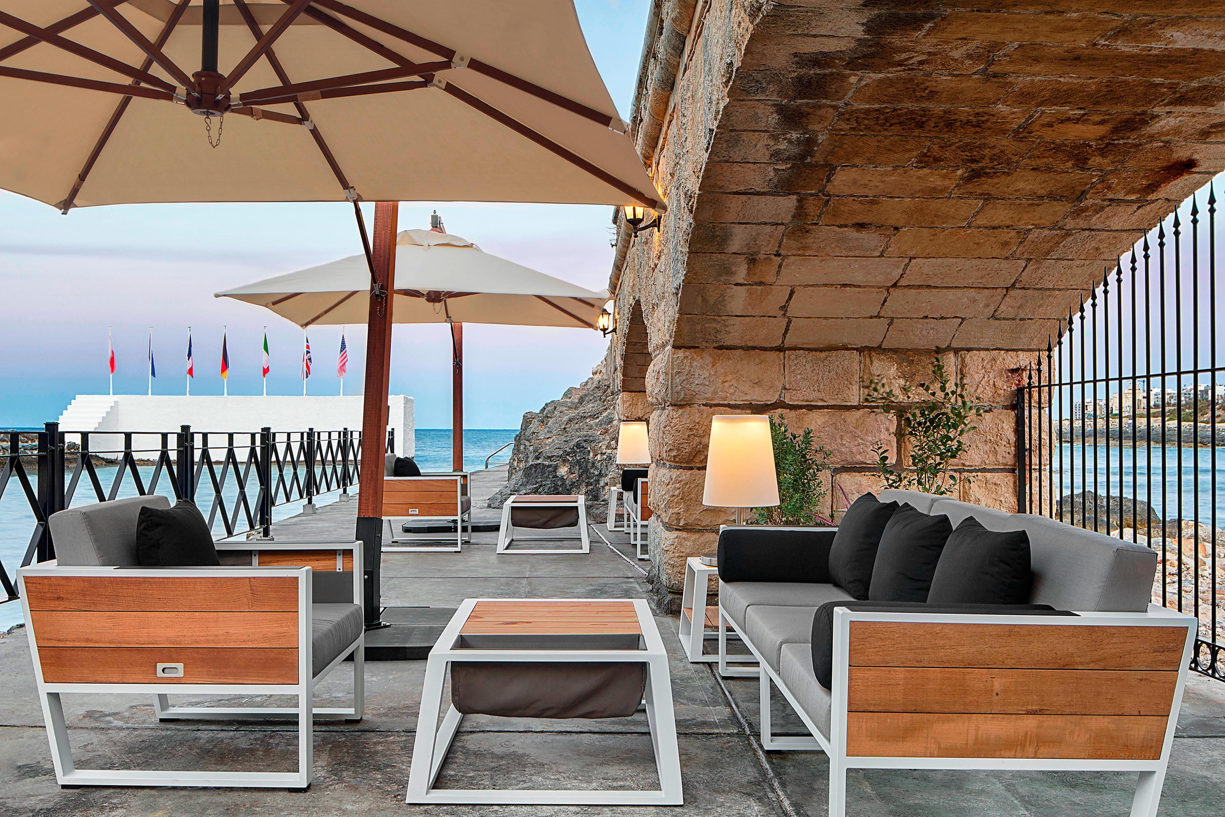 Boathouse Lounge