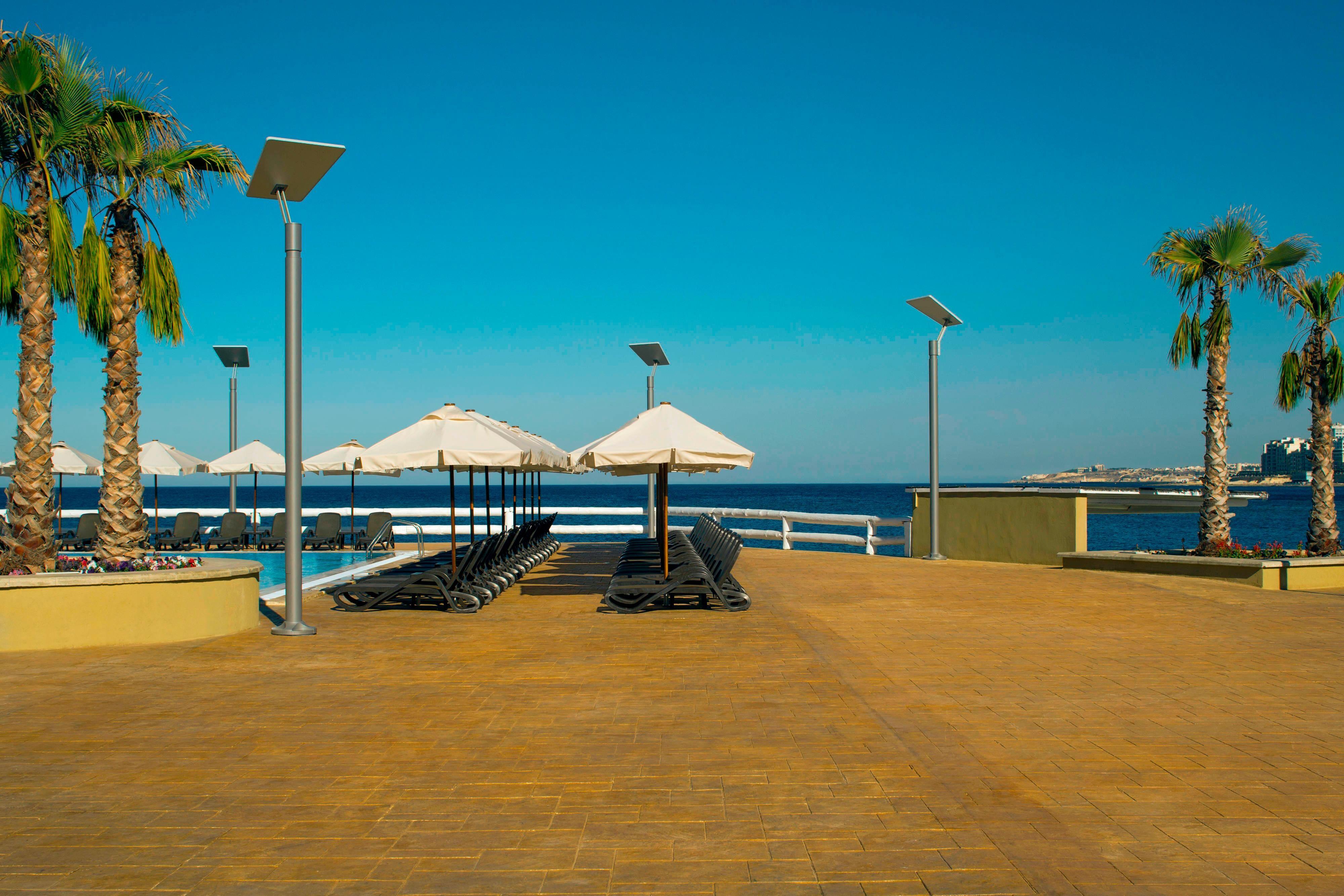 Reef Club Pool Deck ocean View