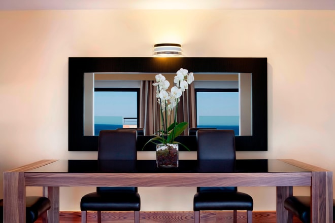 Presidential Penthouse Suite - Dining