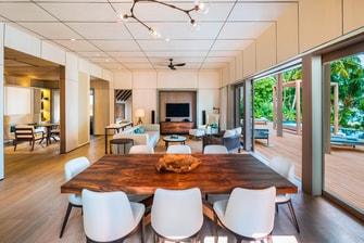 Suíte Beach com dois quartos – Sala de estar