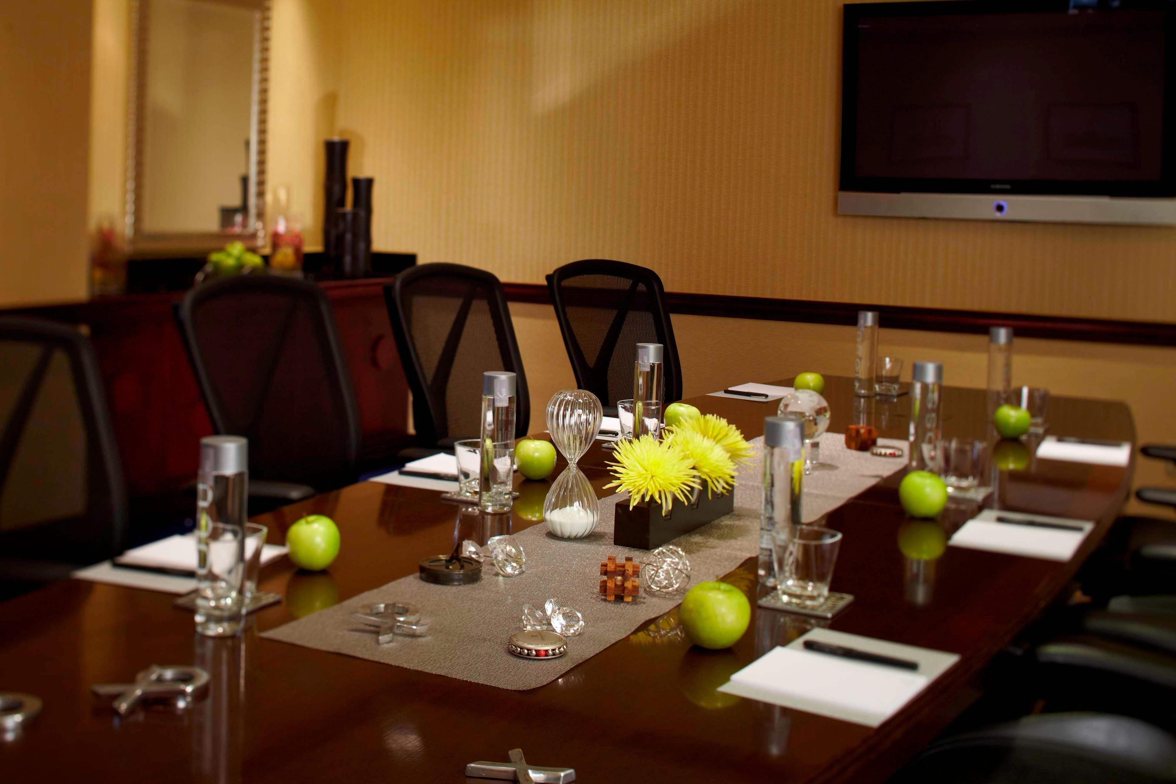 Boardroom meetings in Mobile