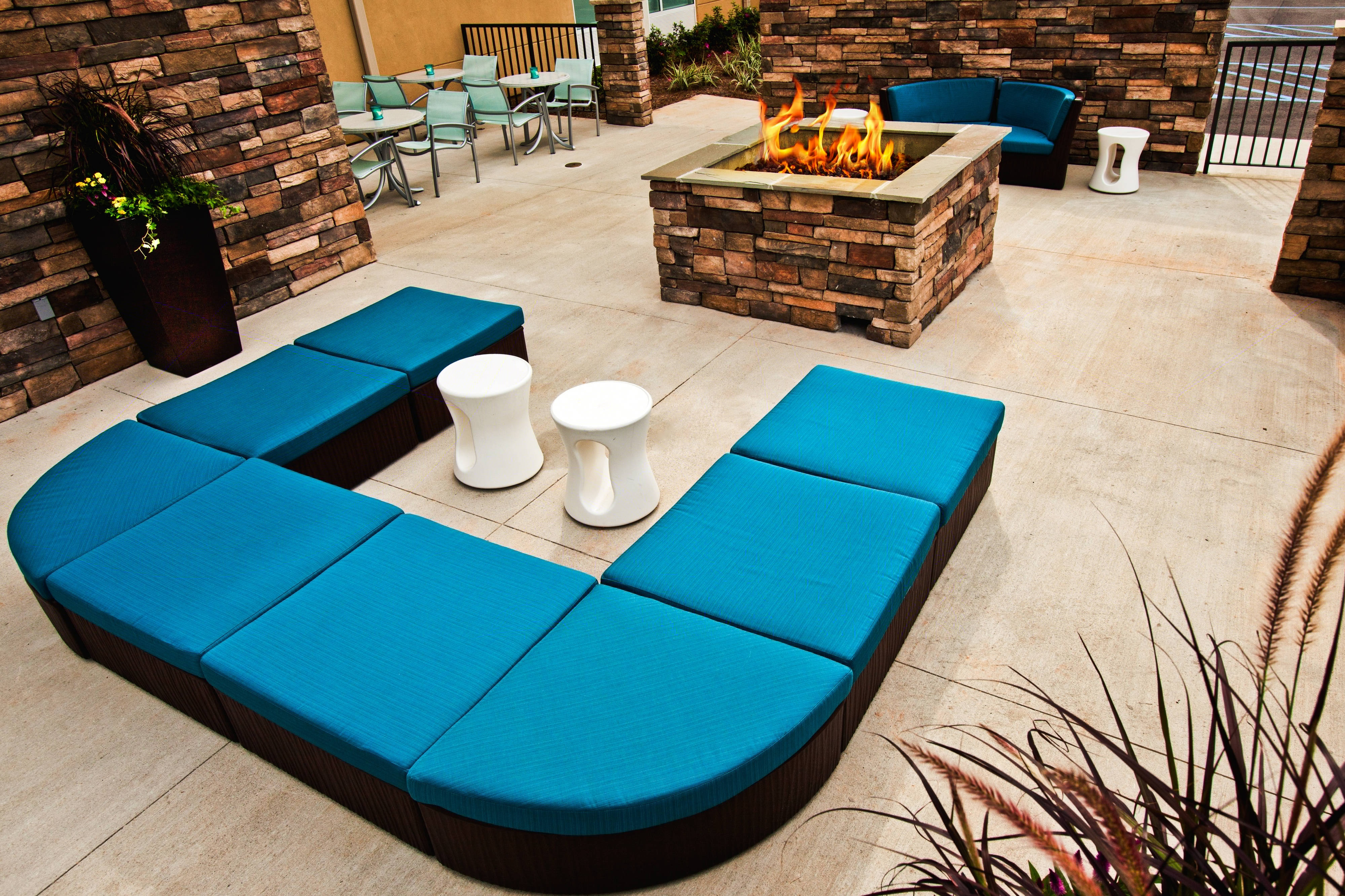 Leisure Deck with Fire Pit