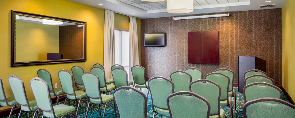 SpringHill Suites Modesto Meeting Room