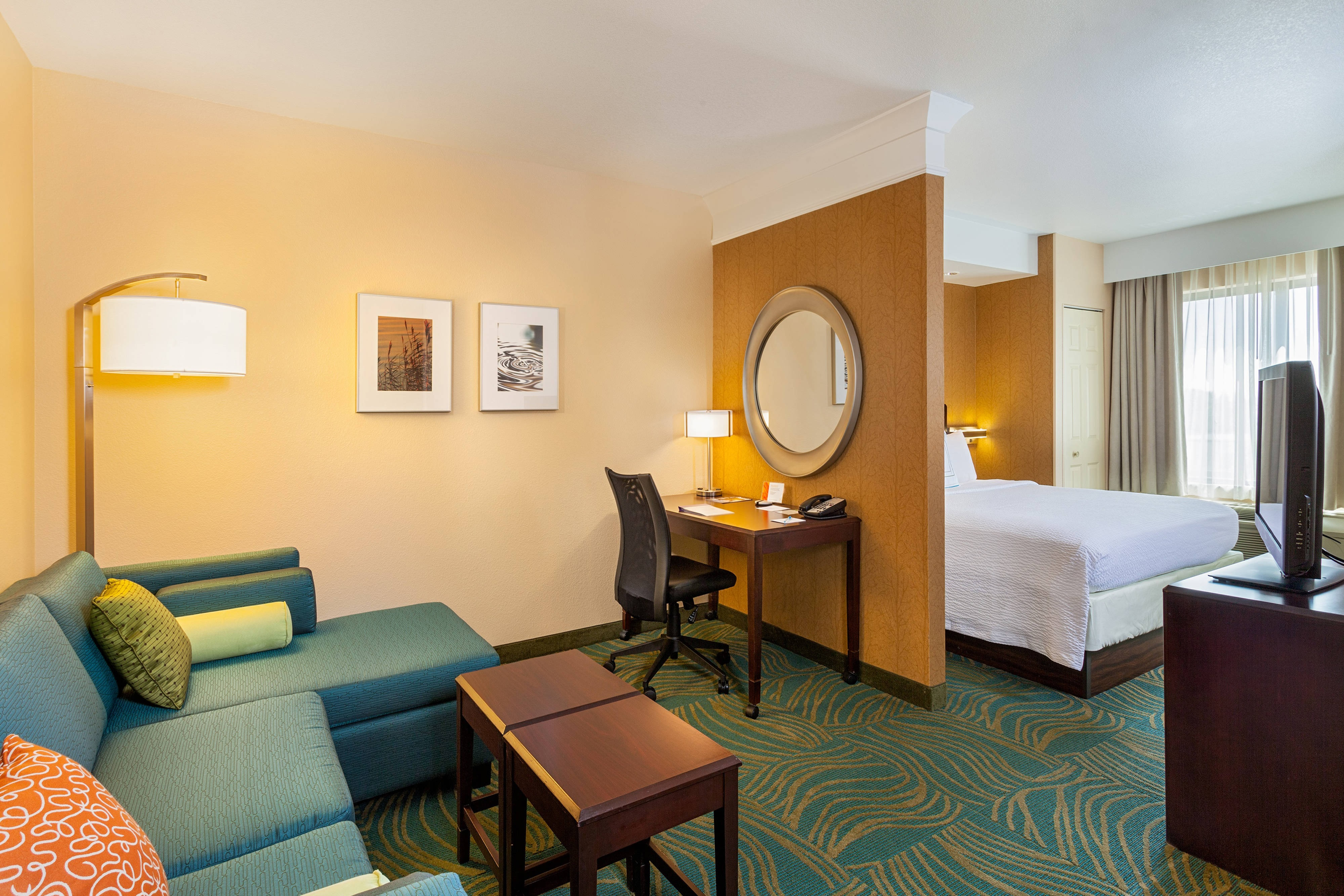 SpringHill Suites Modesto King Suite