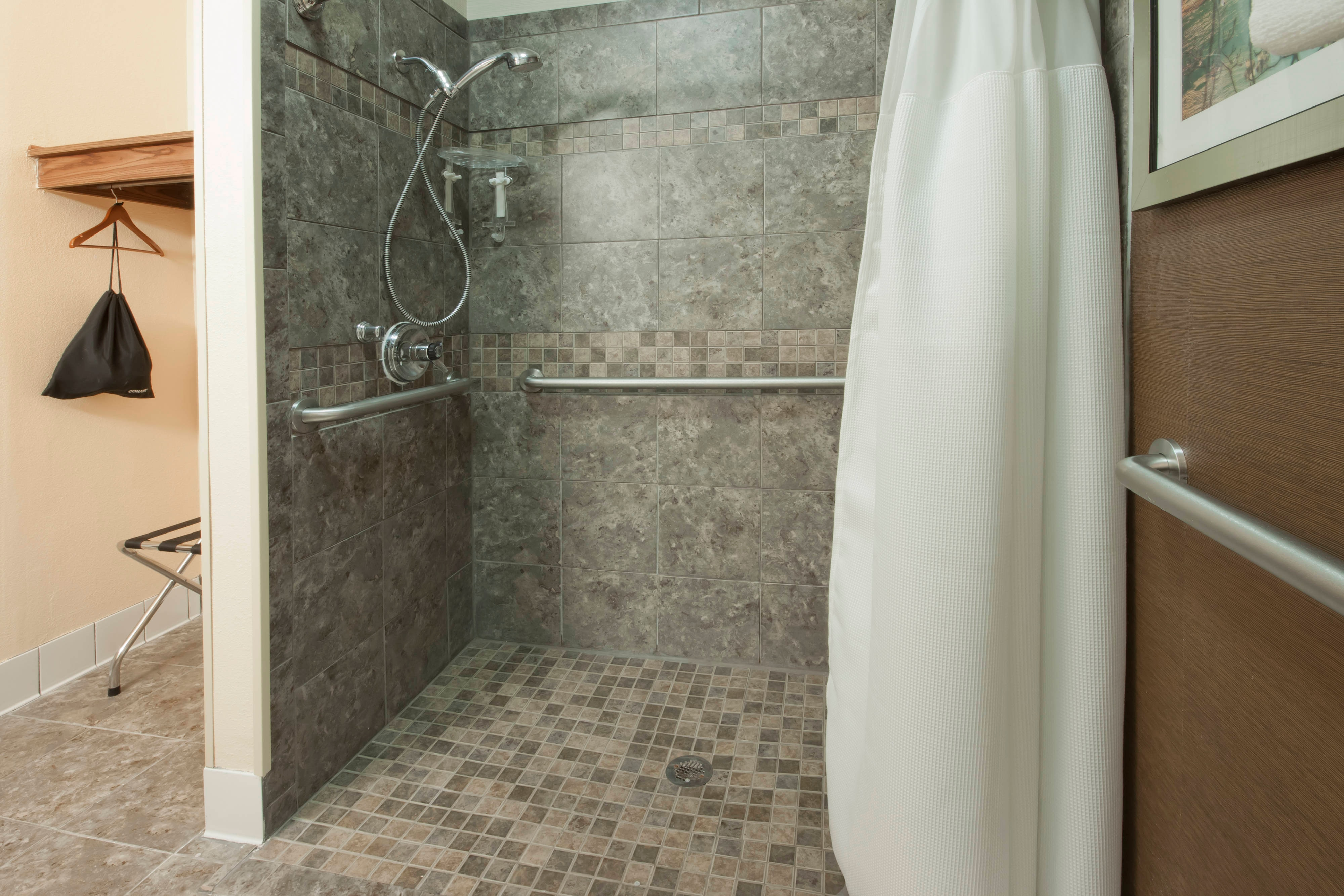 Minot ND Hotel Accessible Shower