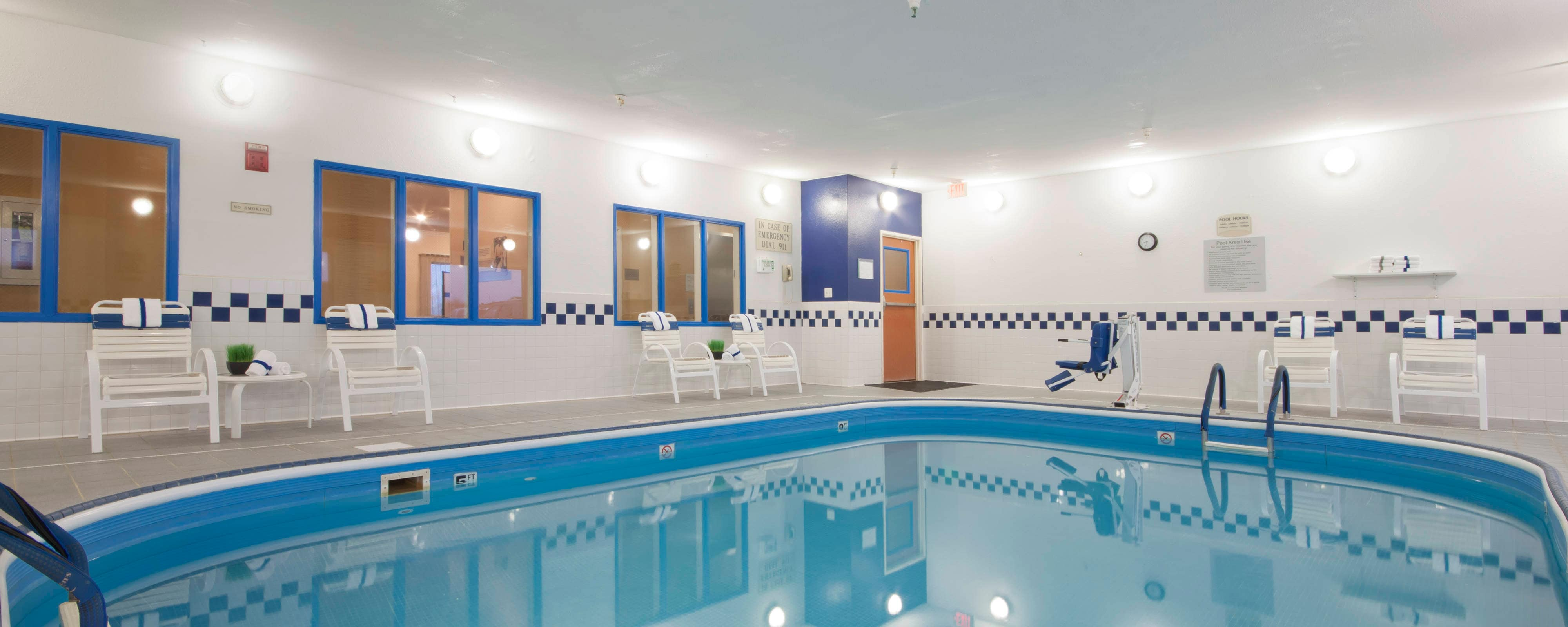 Minot ND Hotel Indoor Pool