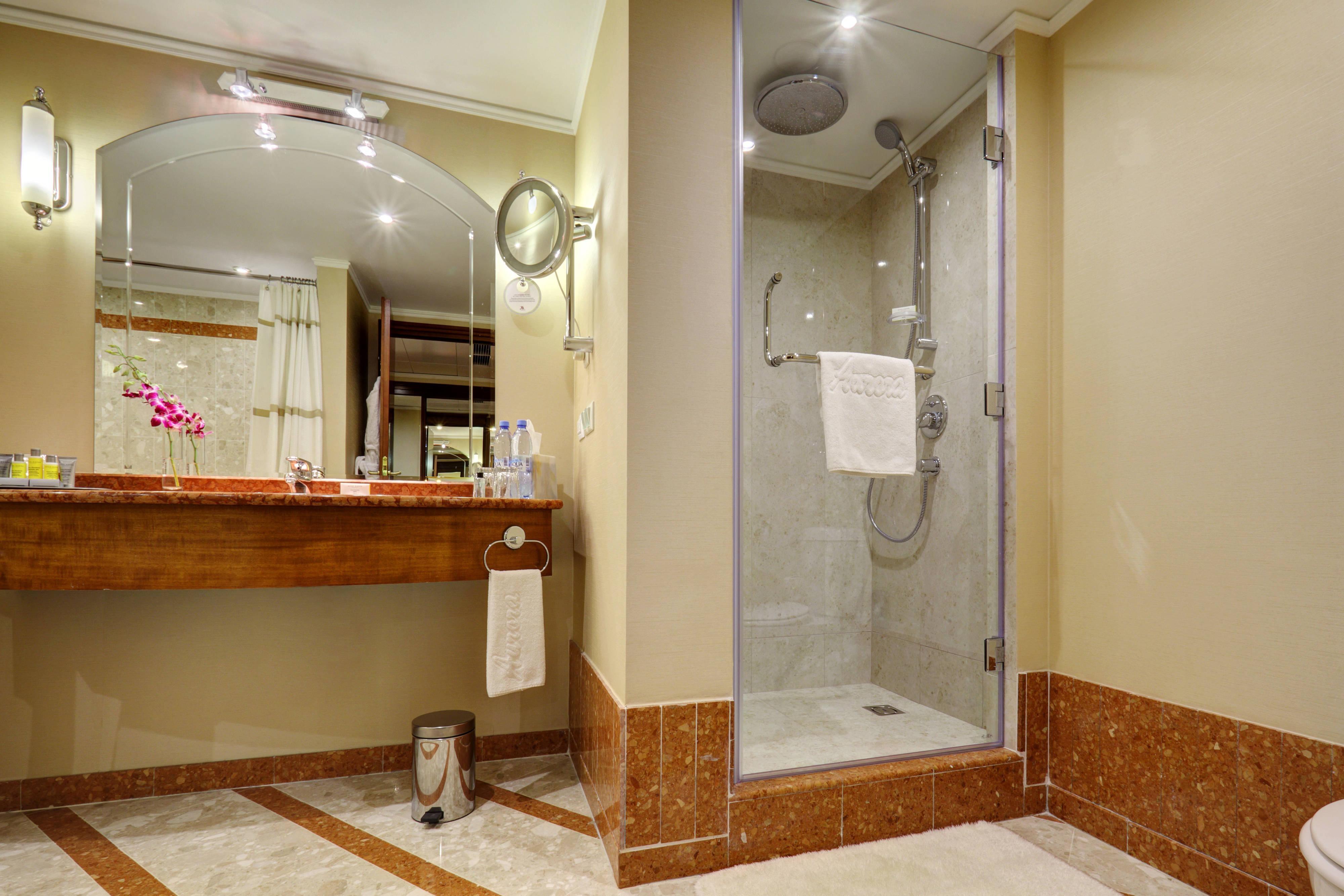 Premium-Corner-Suite