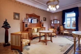 Люкс кремлёвский — гостиная