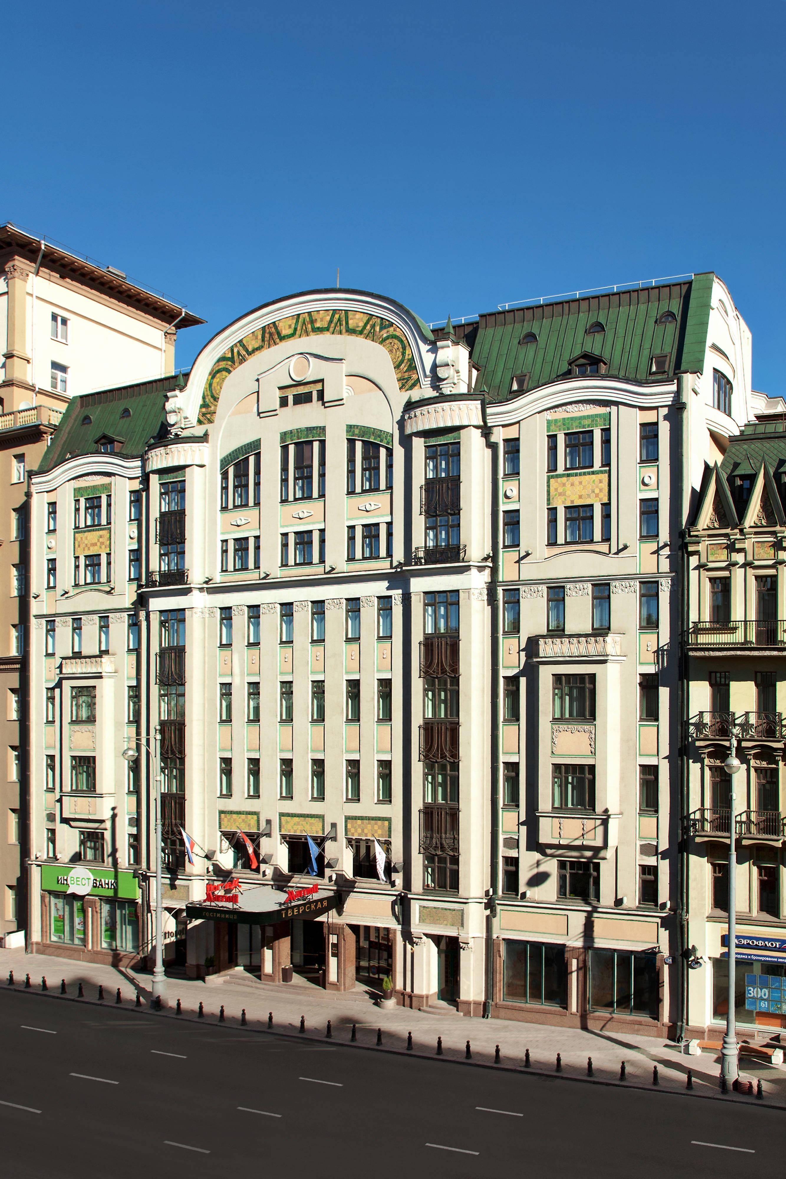 Отель в Москве, фасад