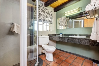 Self Catering Chalet Bathroom