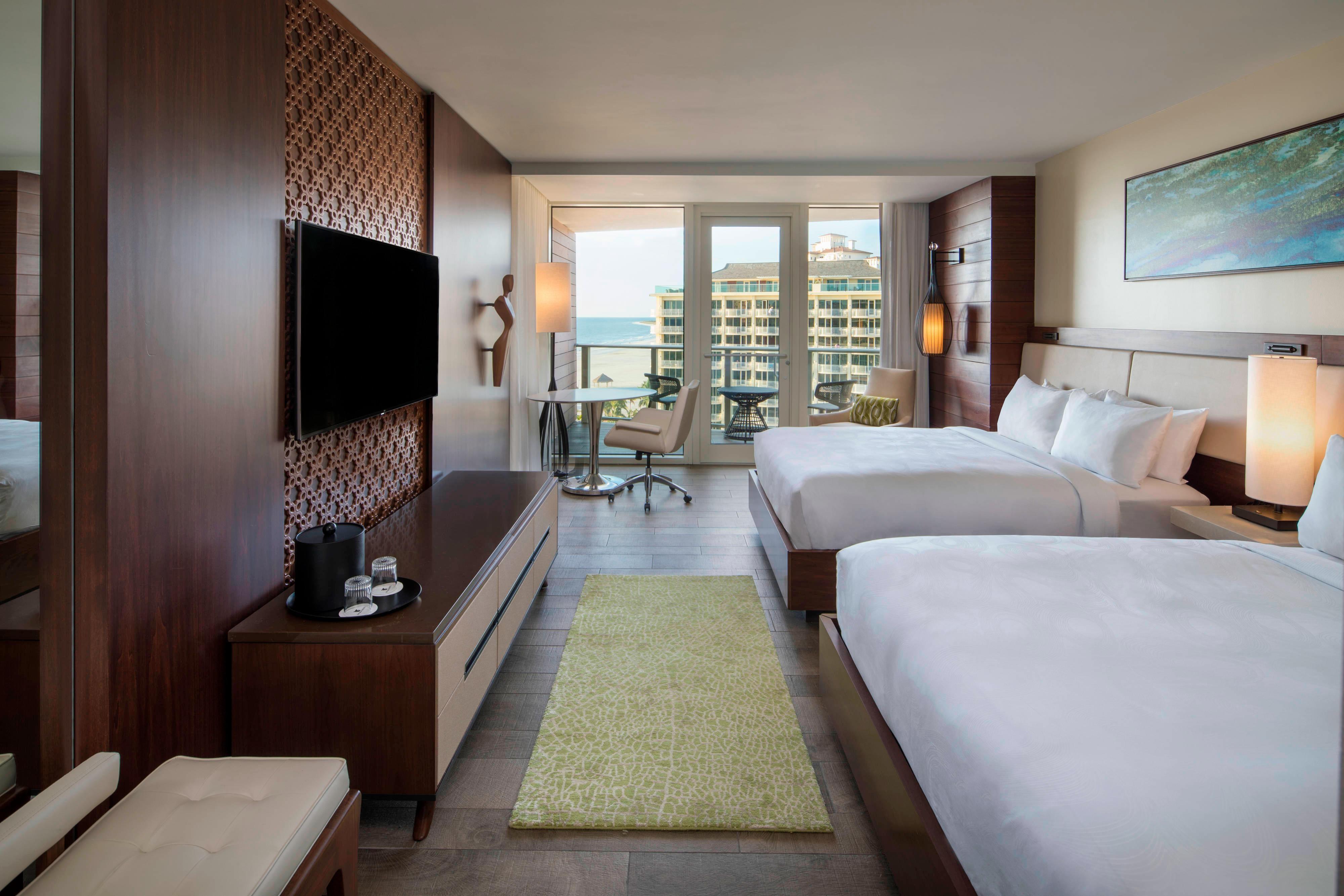 Adult Exclusive - Partial Gulf View Queen/Queen Guest Room