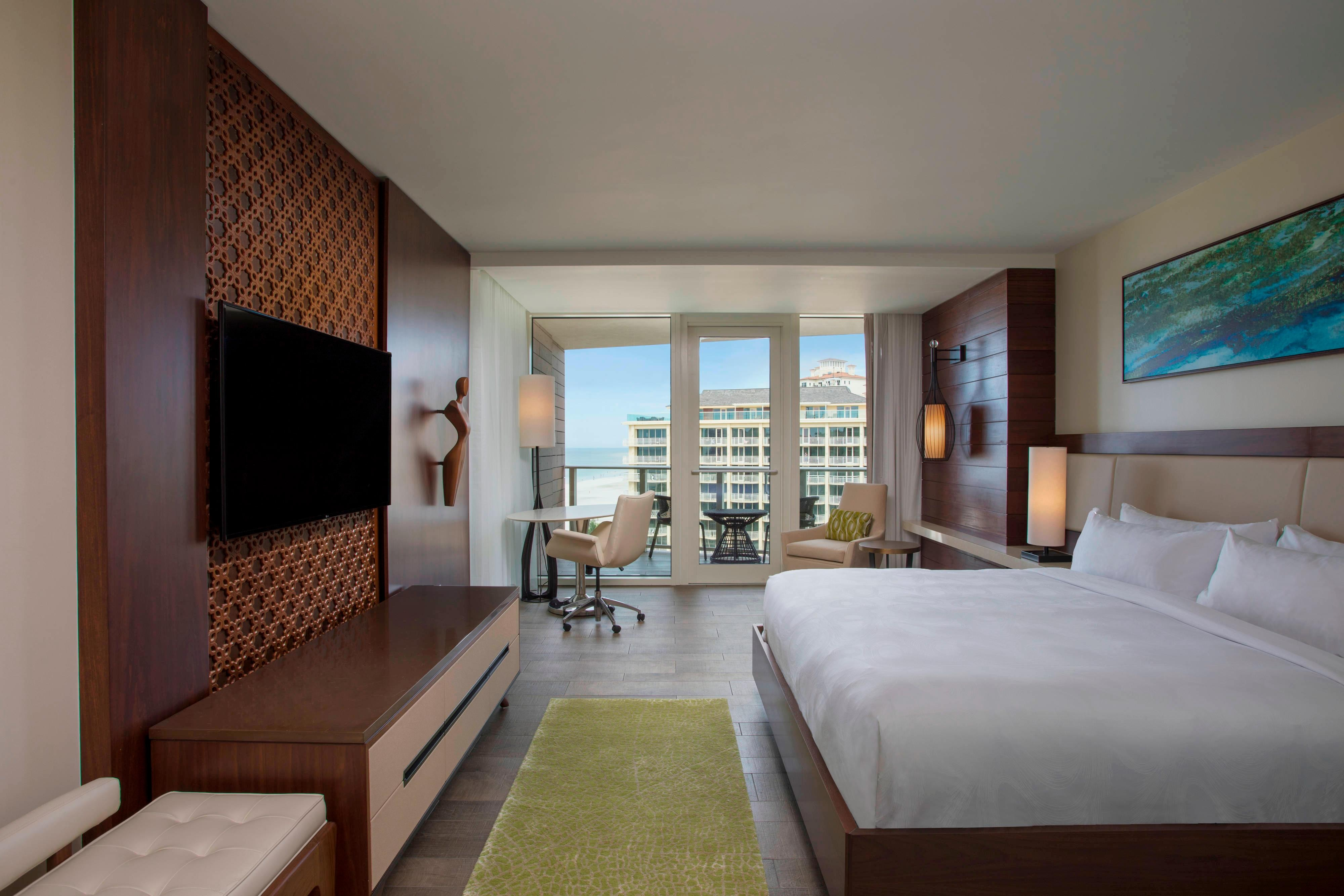 Adult Exclusive - Partial Gulf View King Guest Room