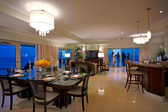 Marco Island Presidential Suite