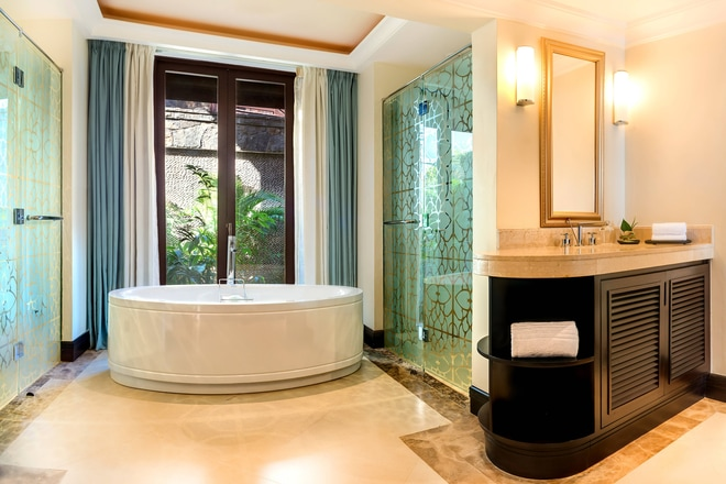 Bathroom - Ocean Grand Deluxe Room