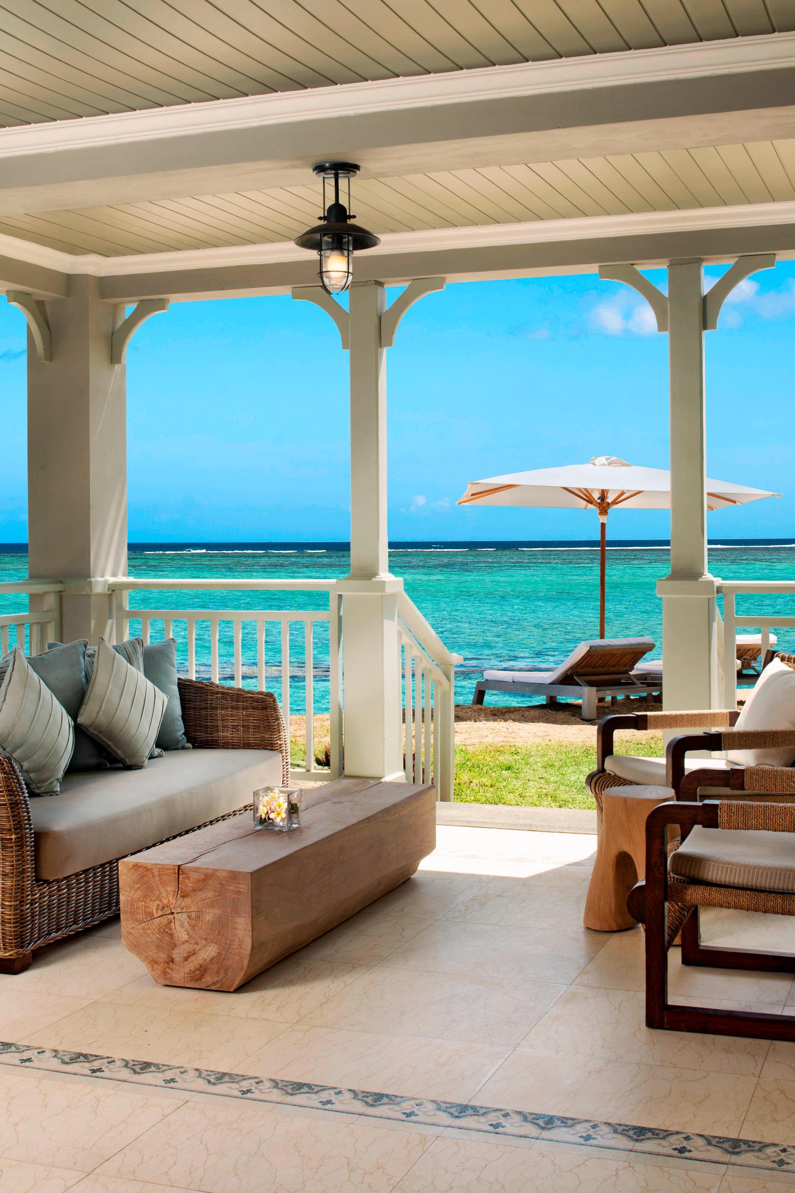 St. Regis Grand Suite - Terrace overlooKing the Lagoon