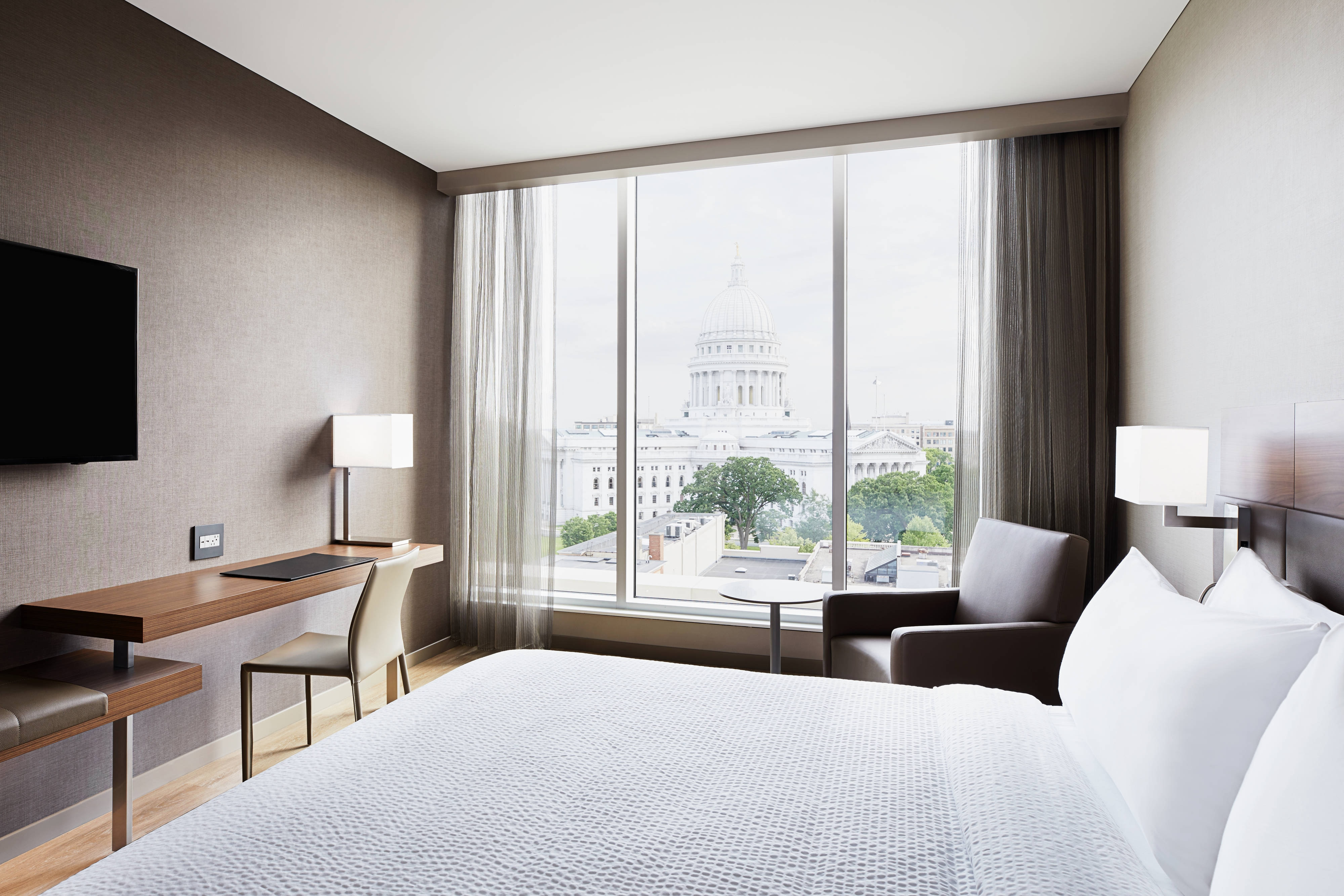 Downtown Hotels in Madison, WI | AC Hotel Madison Downtown