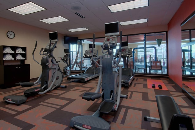 Hotel with Fitness Center Madison