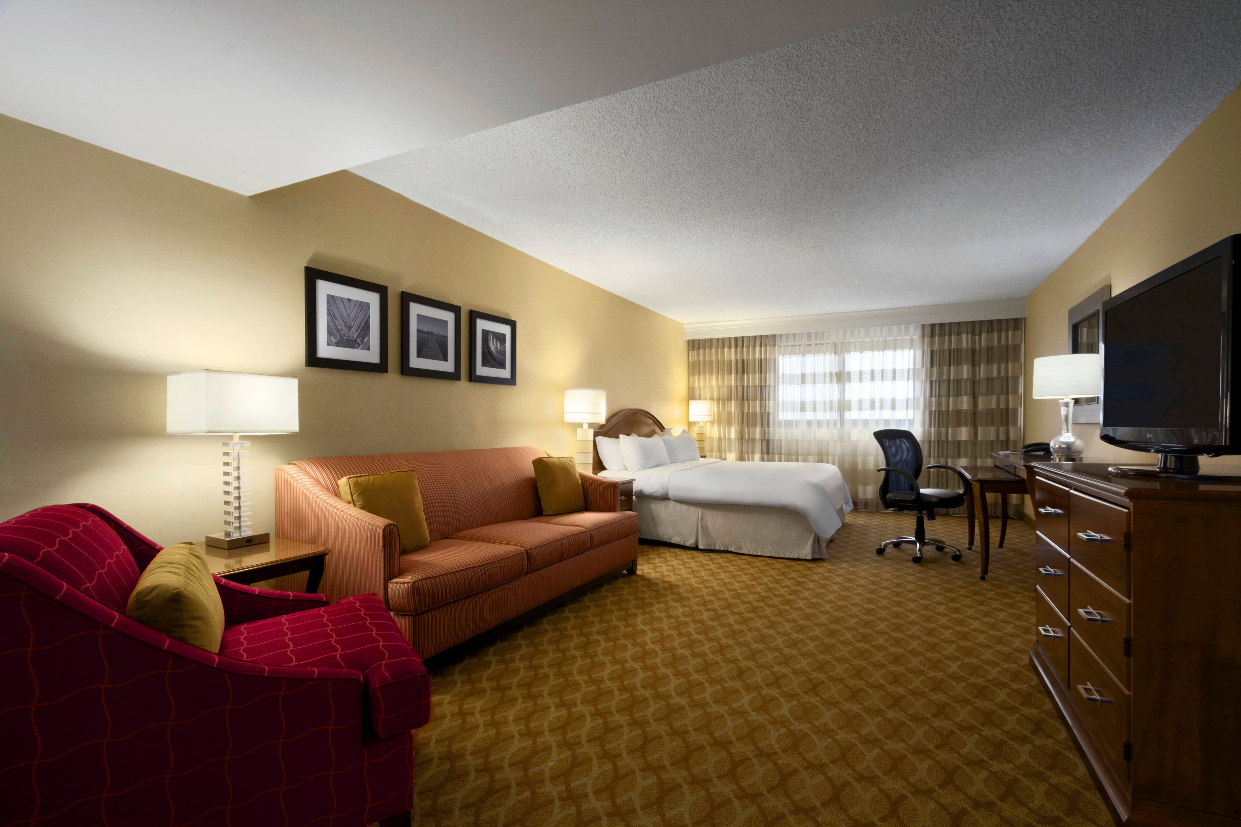 The Works King Guest Room