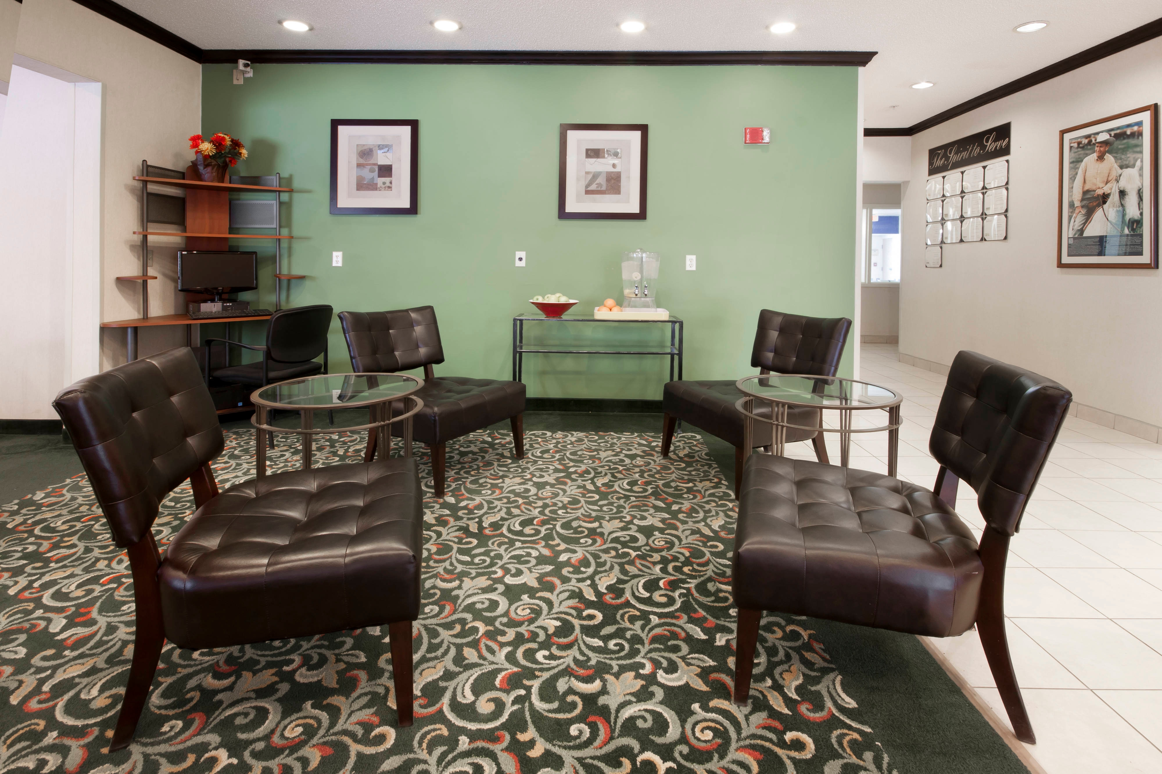 Coon Rapids Hotel Lobby Seating