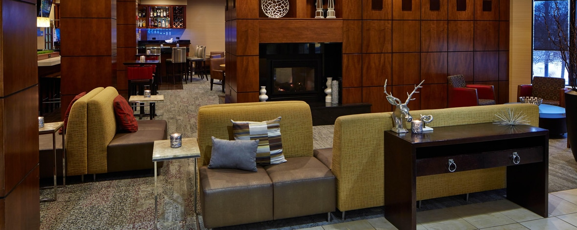 Hotels In Bloomington Mn Courtyard Hotel Near Mall Of America