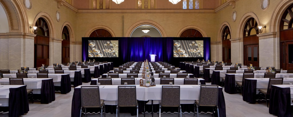Minneapolis meeting and event venue at renaissance for Fitness depot wedding