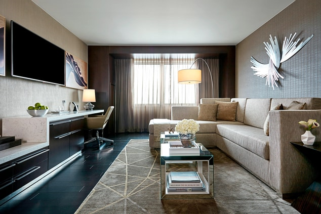 suites near mall of America